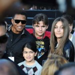 Judge shifts custody of Michael Jackson's children